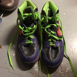 🌼Purple and Green Nike Sneakers